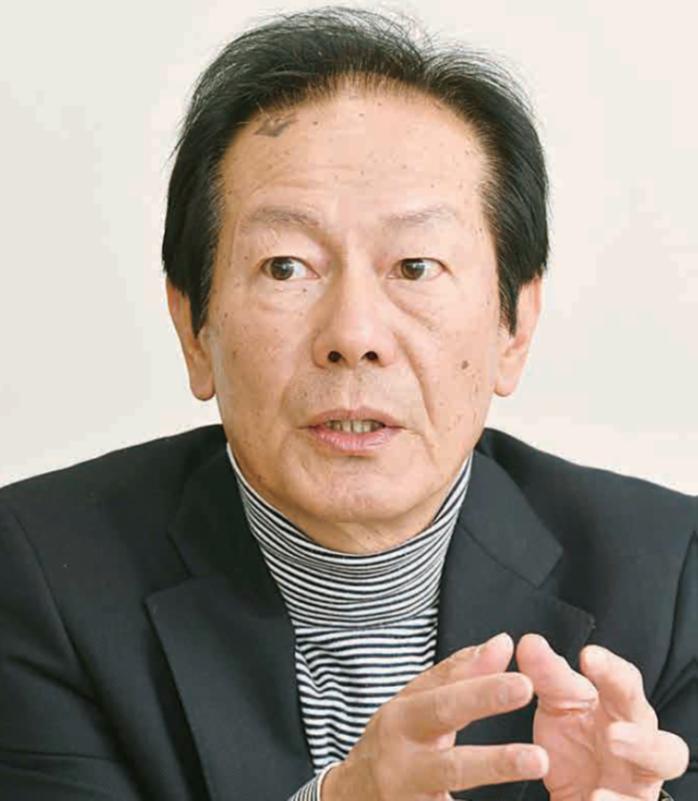 横山利夫氏